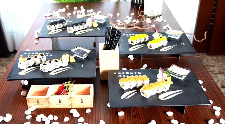 presentación de sushi en casa